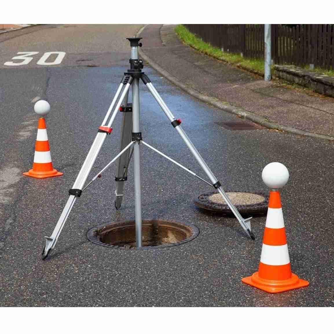 Manhole Tripod