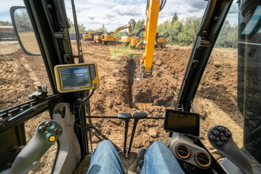Automatic Excavator | Position Partners